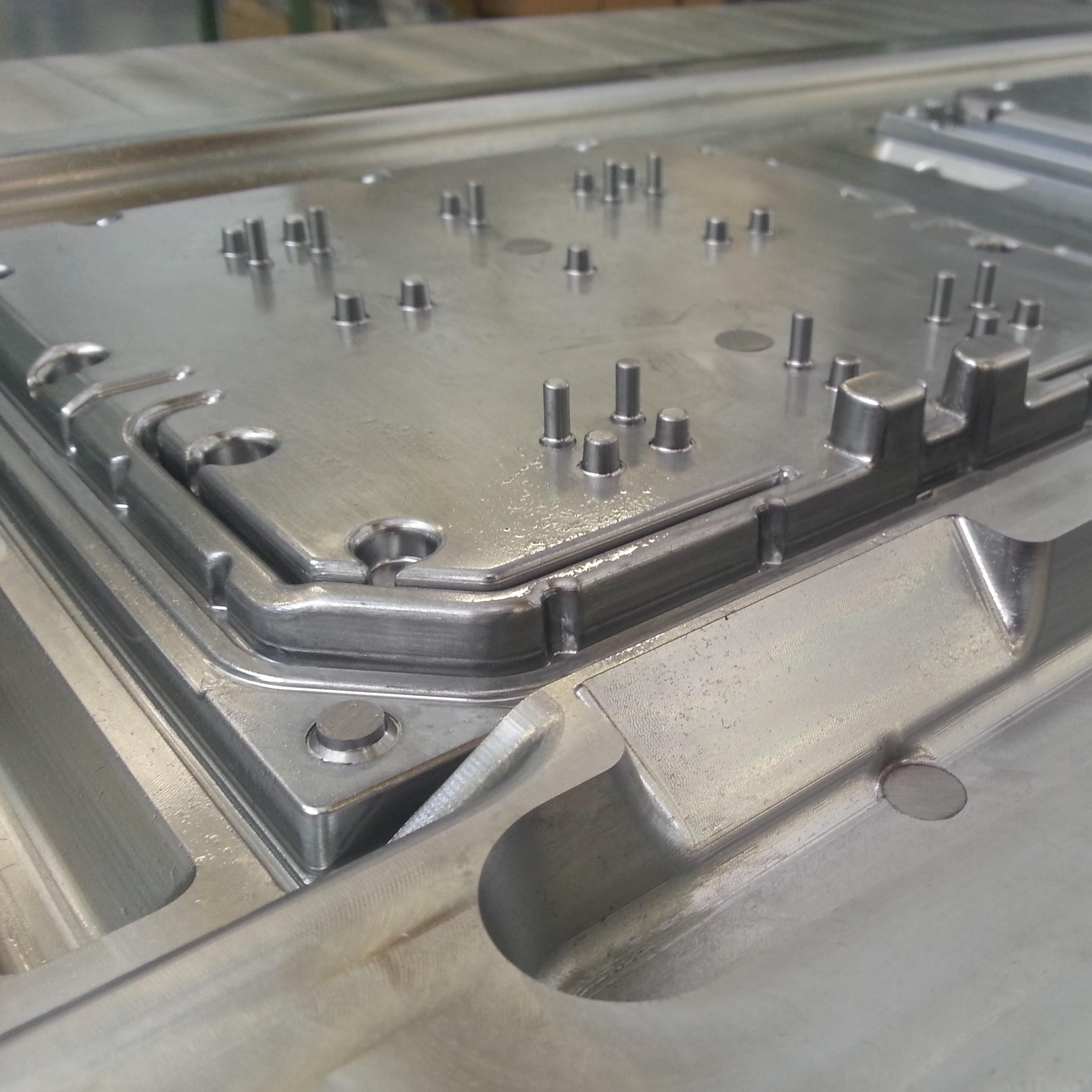 dettaglio stampo alluminio